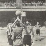 1941-05-31 partido en el patio del Col. Santiago Apostol02