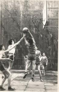 1957-58 PATRO inf. Inaguración canastas (3)