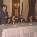 1977 09 27  presentación equipo rest. Guria Presidencia