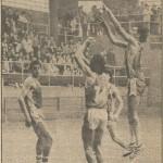 1982-83 PATRO 2ªdiv Alex Aurre 19830328 Hoja del Lunes