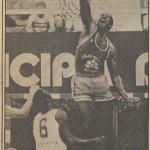 1985-86 CajaBilbao 1986 04 19 Allen en El Correo (2)
